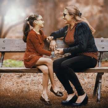mother-and-daughter-3281388_960_720